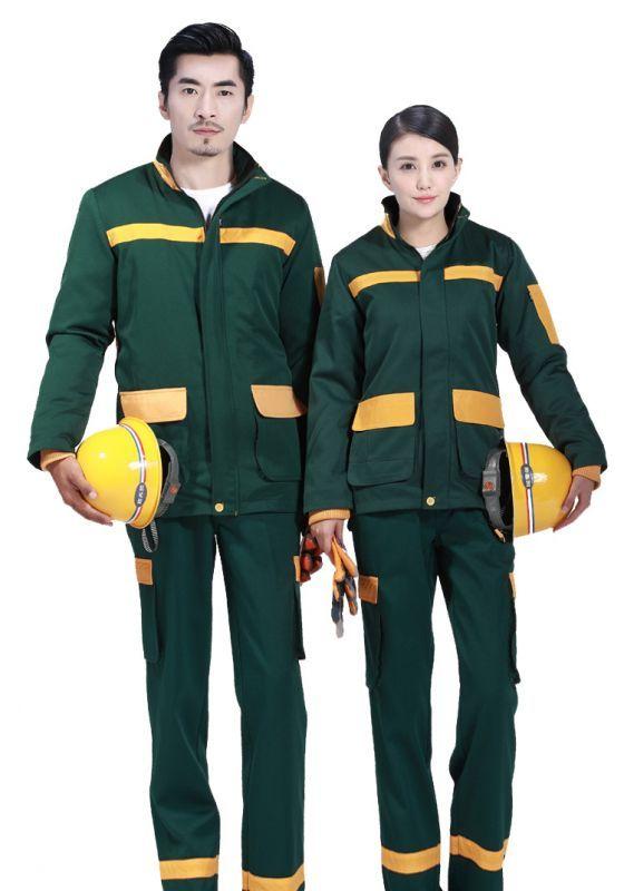 如何选择工作服套装的定制款式-